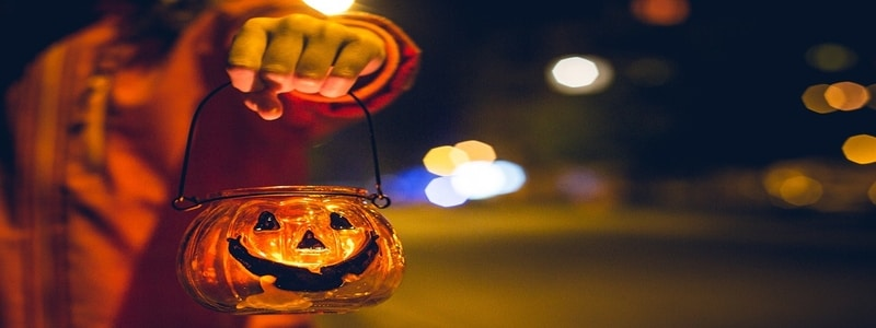 visibility-trick-or-treating-kids-safety-halloween-hazards