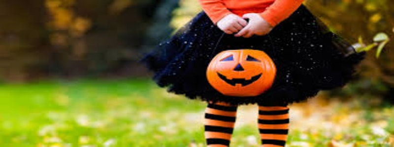 safe-halloween-costumes-for-kids-hazards-trick-or-treating