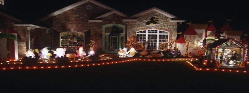 halloween-houses-lighting-safety-trick-or-treating-kids-vaughn