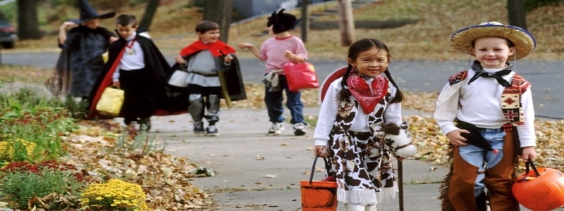 trick-or-treating-safety-for-kids-and-parents